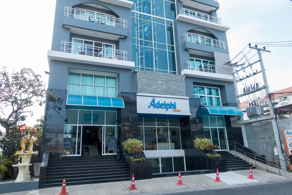 Adelphi Pattaya Hotel - Front of Building