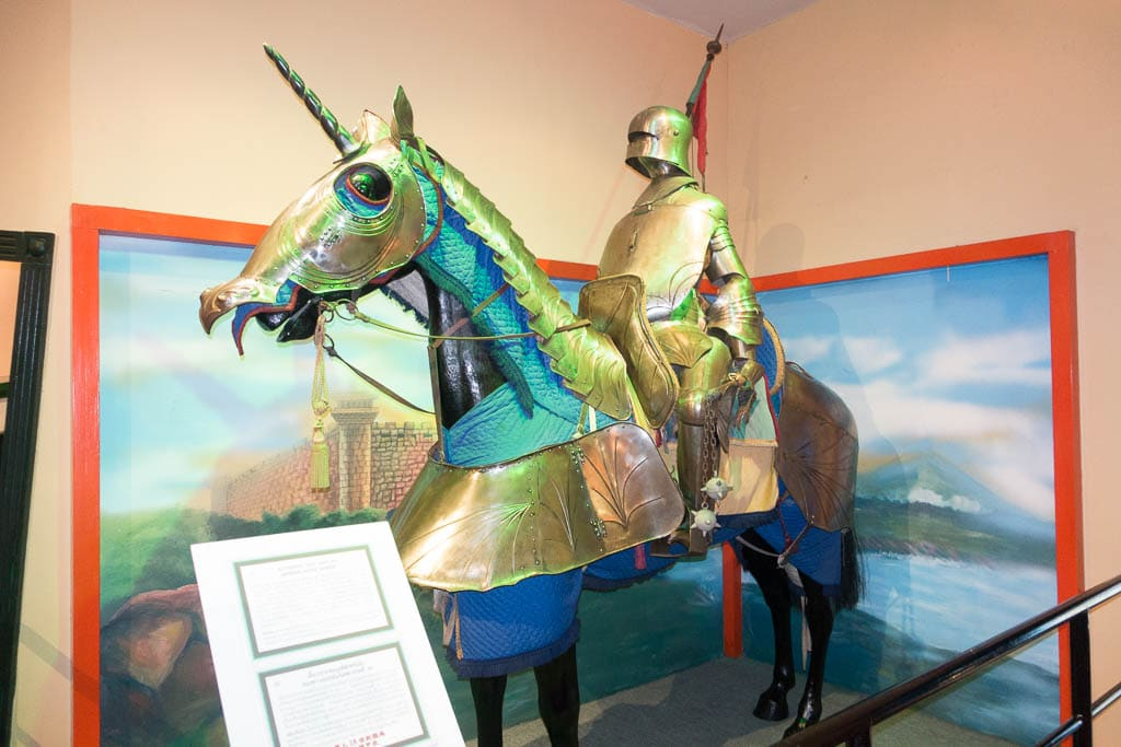 Image of a Knight in armor on horse, Ripley's Believe It or Not Pattaya, Thailand