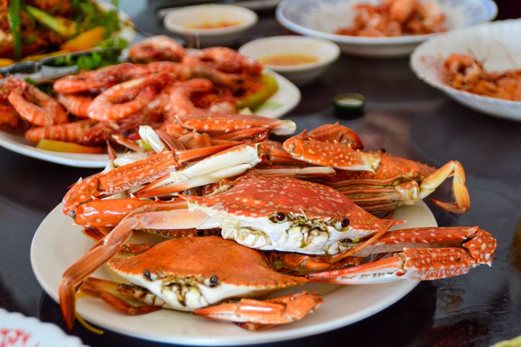 Photo of cooked crabs and shrip in Kep Cambodia.